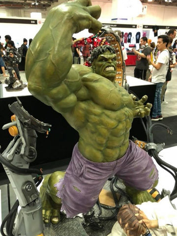 XM Studios - Marvel Premium Collectibles - Hulk Transformation (1/4 Scale)