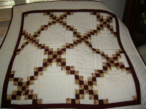 Irish Chain Crib Quilt