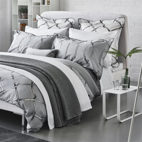Designers Guild - Rabeschi Bed Ensemble