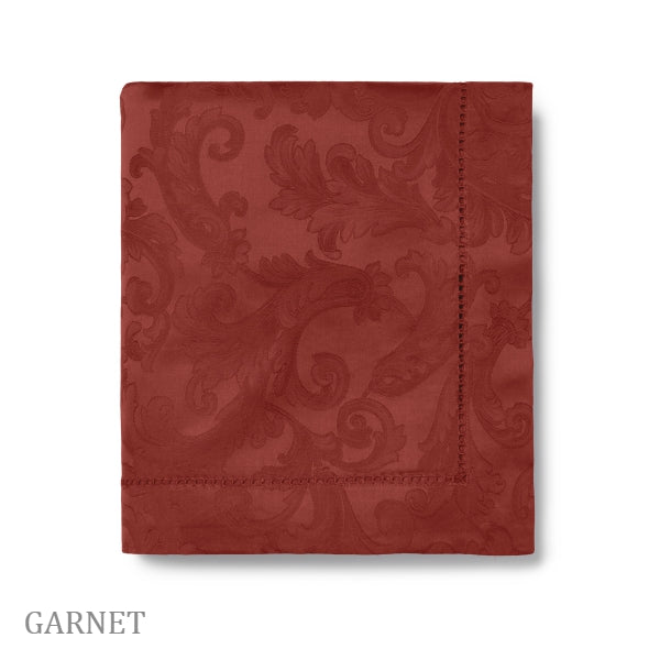Sferra - Acanthus Tablecloth Garnet