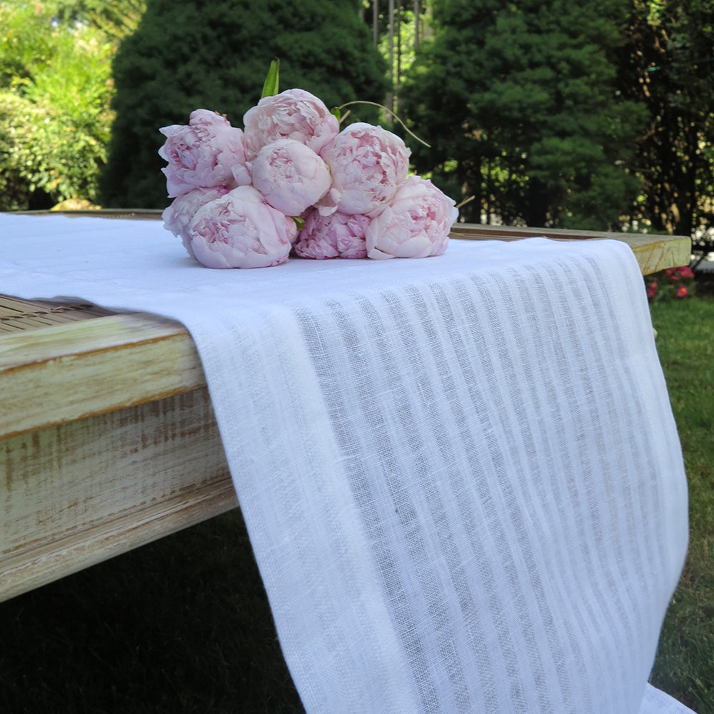 Greenwich Table Runner White