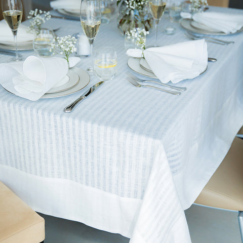 Mode Living Greenwich White Tablecloth