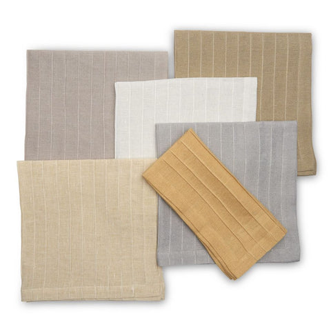 Pleated Metallic Napkin Group