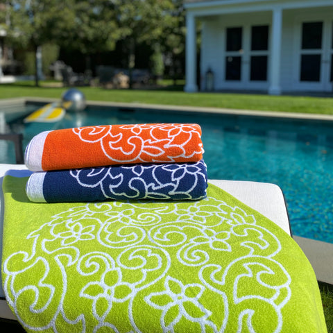 Sferra - Salina Beach Towels Stack