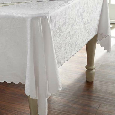 Blooms Scalloped Tablecloths U0026 Napkins
