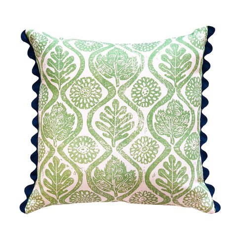 Oakleaves Cushion