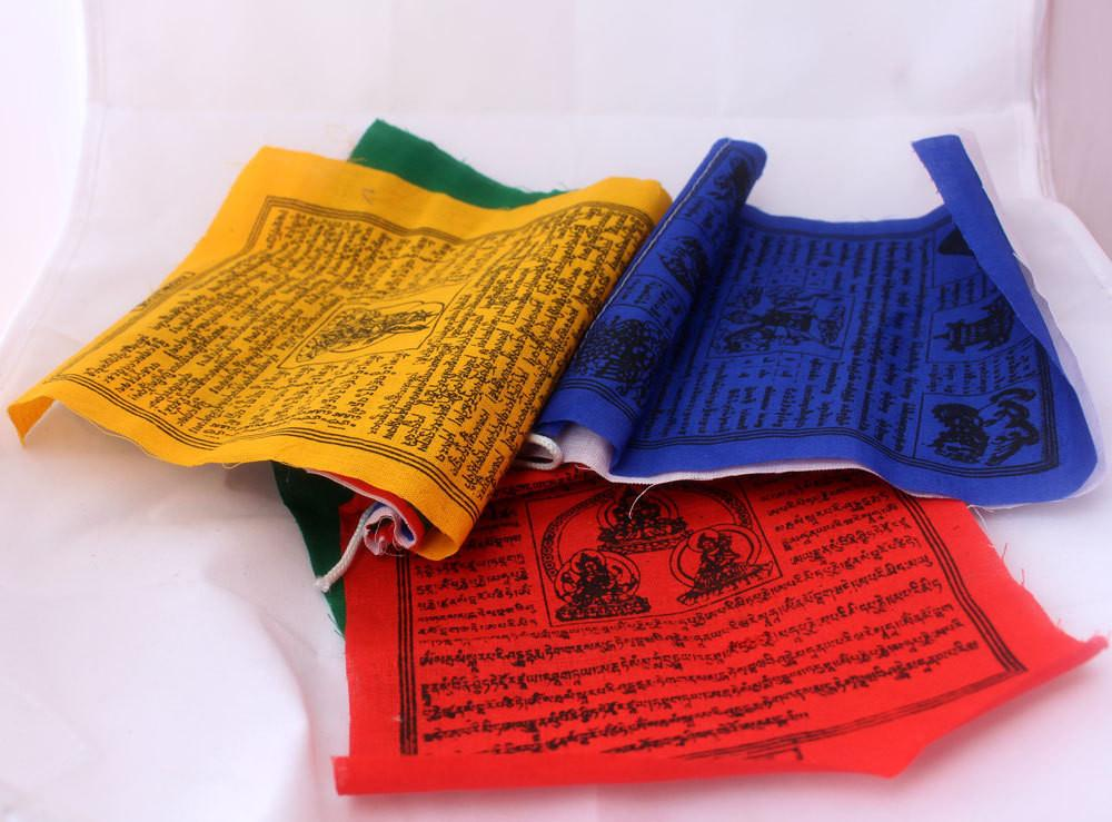 Meaning of colors in the prayer flags