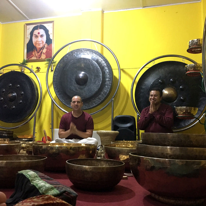 Tibetan Singing Bowl sound therapy my very first real life experience  is awesome