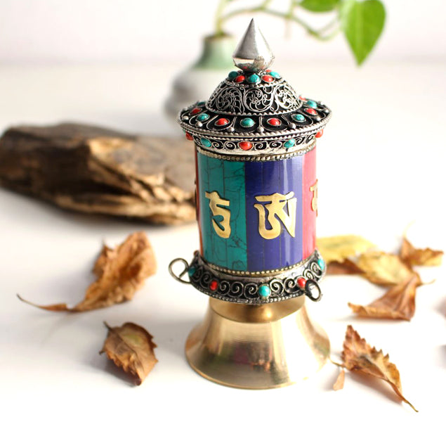 prayer wheel, tibetan prayer wheel
