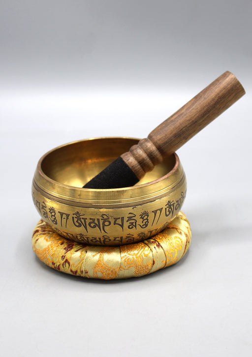 Fine Carving Endless Knot Tibetan Singing Bowl