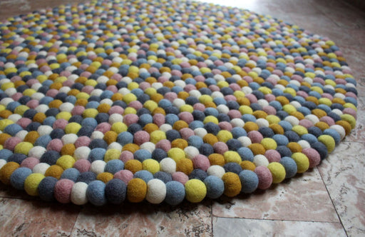 Lemon Berry Round Felt Ball Rugs 90 cm - nepacrafts