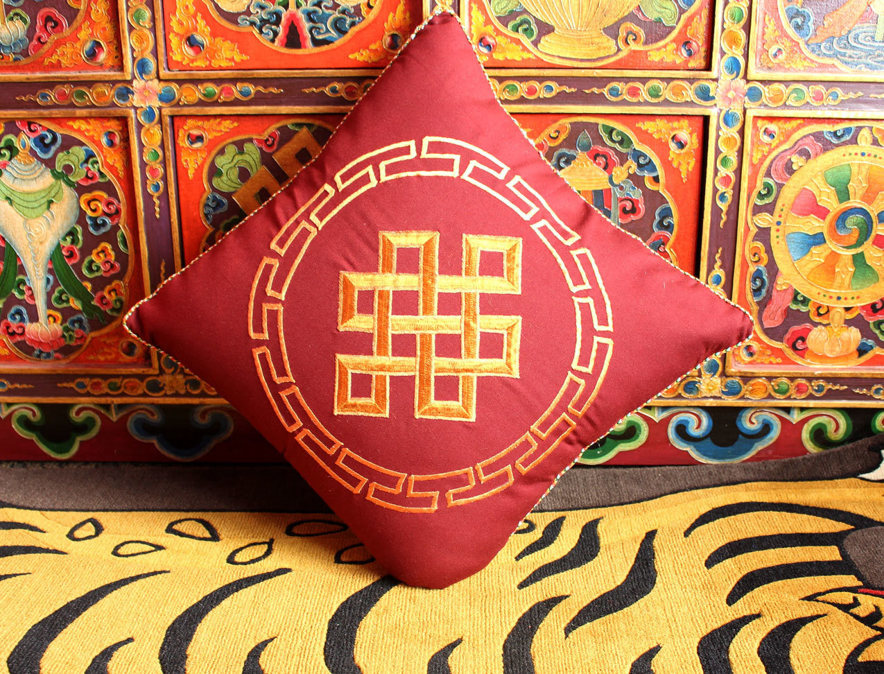 Marooon Endless Knot Cushion Cover with thin inner foam - nepacrafts