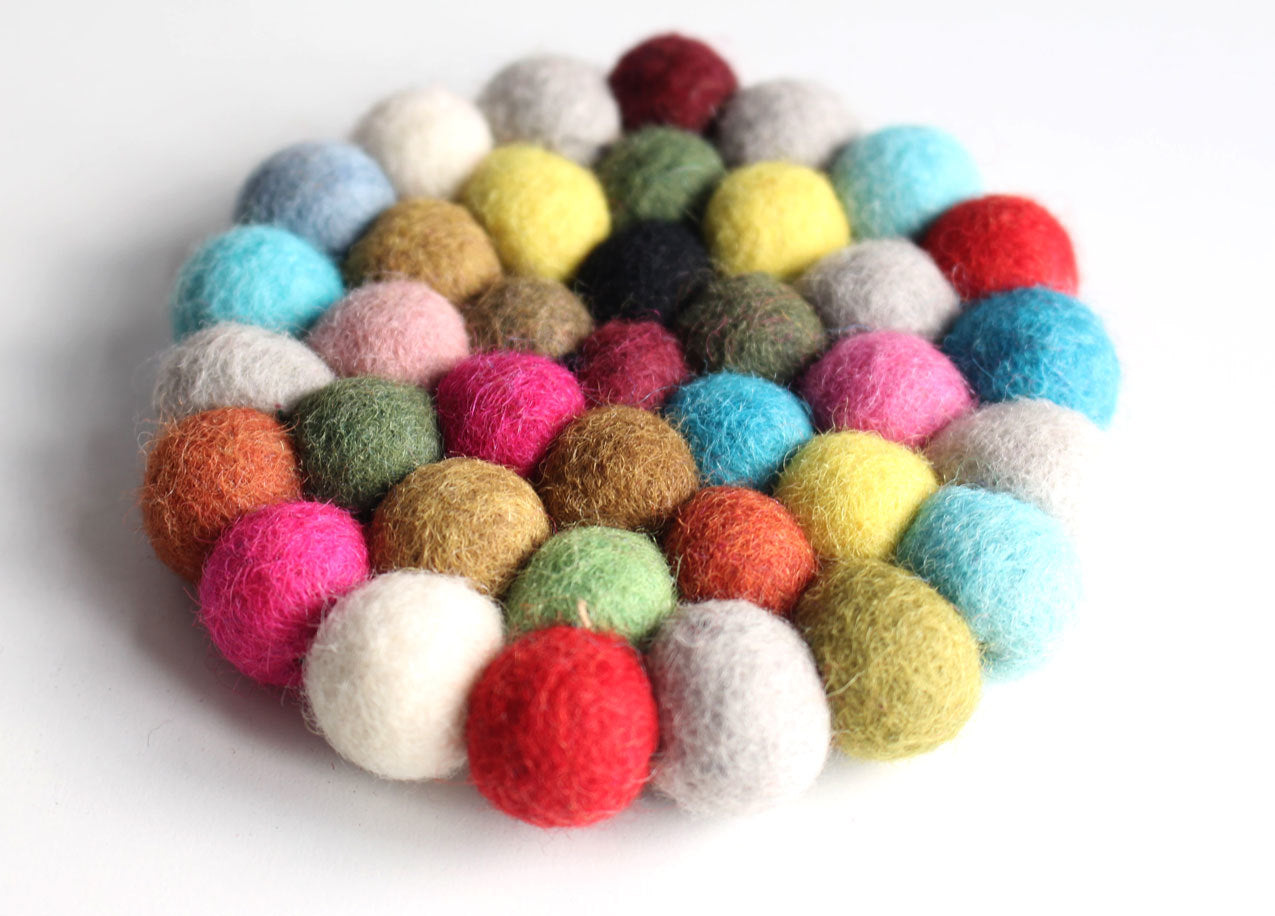 10 cm Colorful Round Felt Balls Placemat FBM20 - nepacrafts