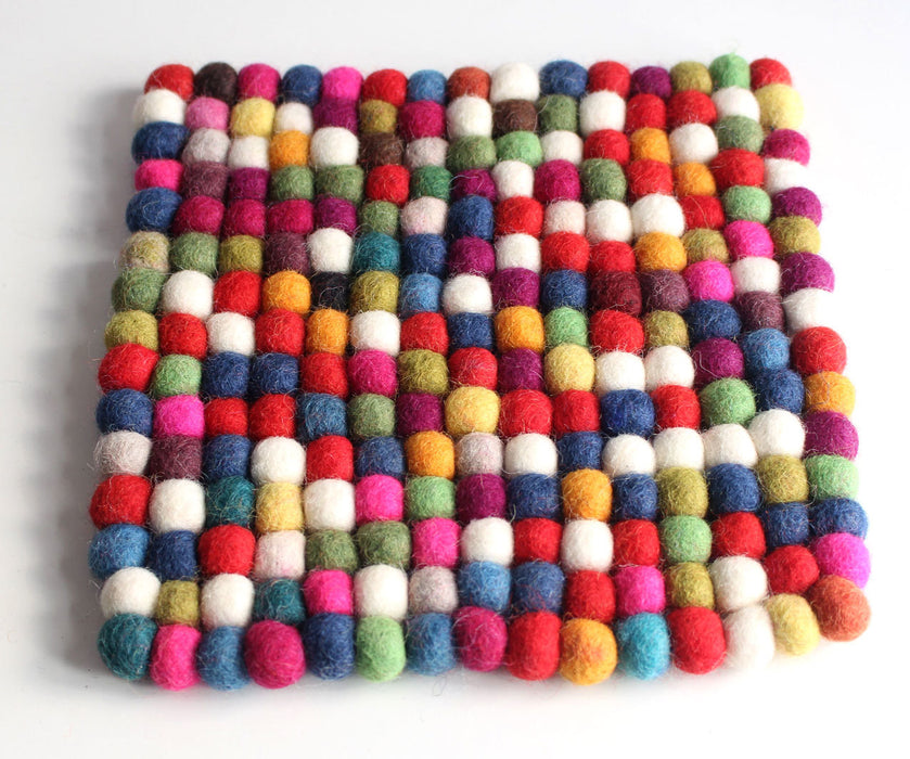 20 cm Colorful Rainbow Felt Balls Square Placemat FBM03 - nepacrafts