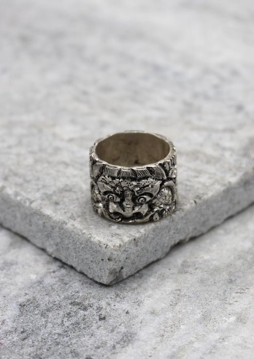 Tibetan Chhepu Carving Sterling Silver Finger Ring - nepacrafts