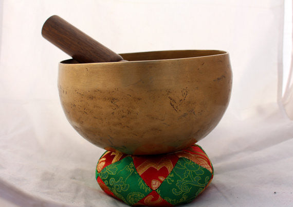 Hand Hammered Plain Singing Bowls 16cm - nepacrafts