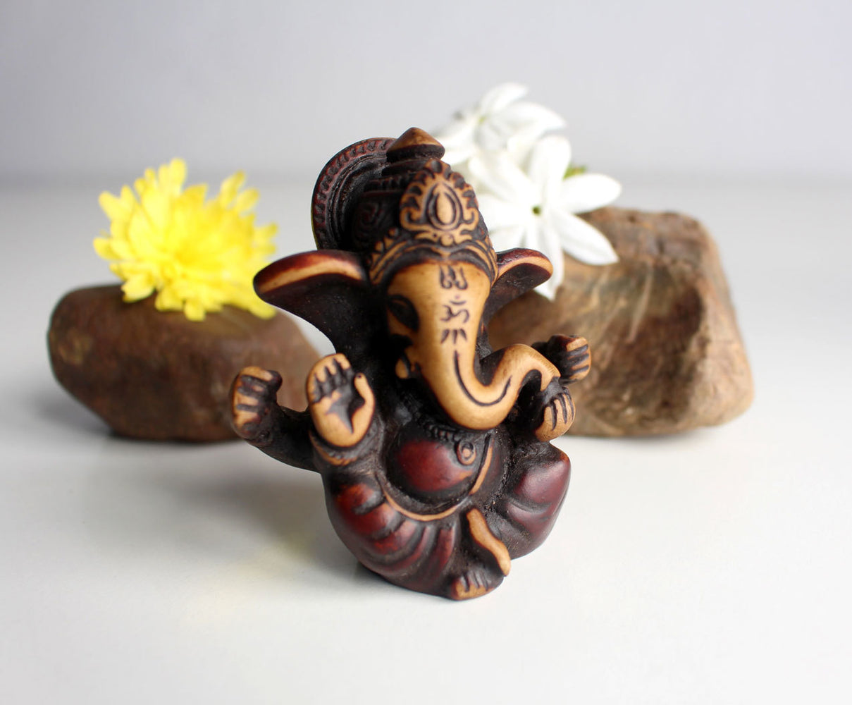 "Four Armed Baby Ganesh Resin Statue 2.5"" with Red Patina - nepacrafts"
