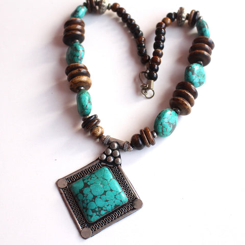 White Metal Faux Turquoise Pendant Necklace - NepaCrafts