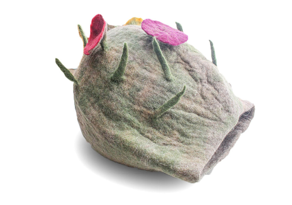 Hand Felted Wool Green Cat House, Cat Bed - nepacrafts