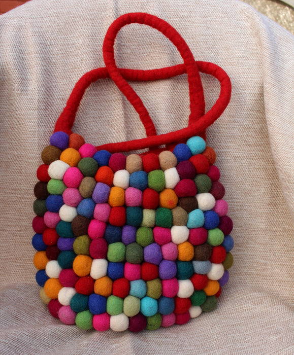 Red Felt Gumball Shoulder Bags - nepacrafts