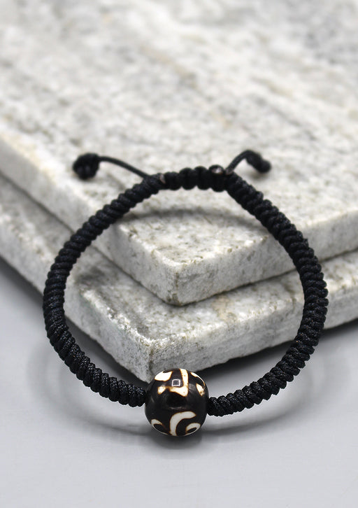 Lucky Knots Tibetan Dzi Bead Bracelet in Black