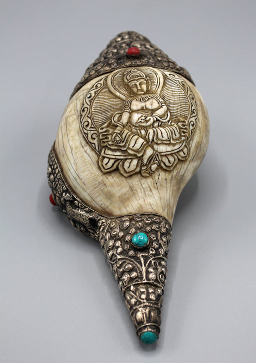 Zambala Kubera Carving Conch Shell with Turquoise and Coral Decoration - nepacrafts