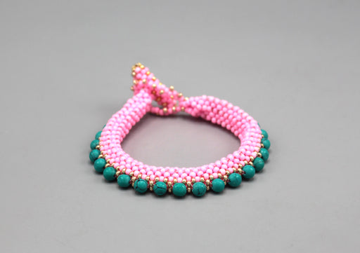 Elegant Green and Pink Glass Beads Women's Bracelet - nepacrafts