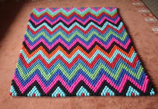 Zig Zag Pattern Rectangular Felt Carpets, Felt Ball Rugs 6x4 ft-FR031 - nepacrafts