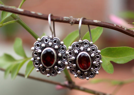 Round Silver Carving Flower Earrings with Garnet Inlays - nepacrafts