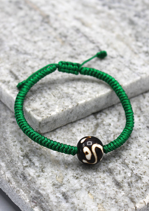 Lucky Knots Dzi Bead Green Bracelet