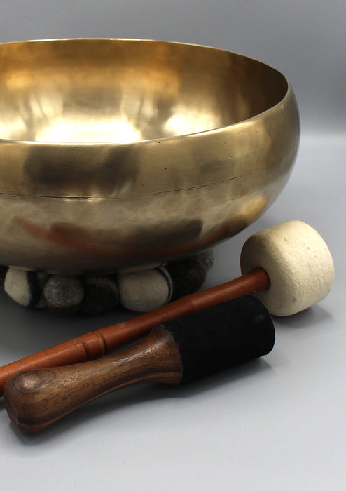 Tibetan Hand Hammered Large Healing Singing Bowl Note E 13.4""