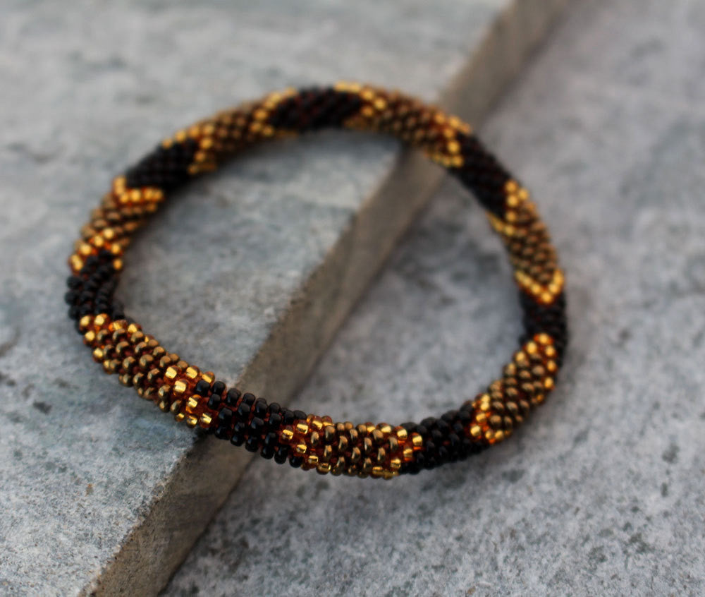 Golden Black Beads Roll Bracelet - nepacrafts