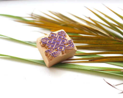 Auspicious Endless Knot Wooden Stamp - nepacrafts