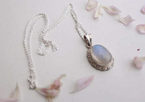 Elegant Blue Moonstone Pendant with Silver Chain 925 Silver Sterling - NepaCrafts