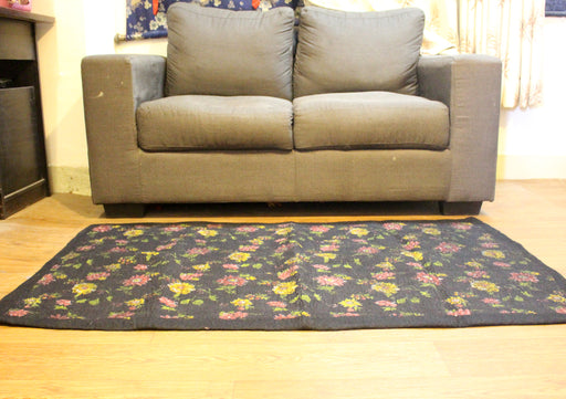 Black Felt Indoor Rug Flower Print - nepacrafts