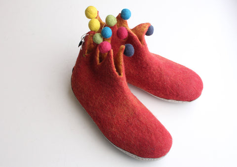Handmade Soft and Warm Red Felt Boot/Slipper - NepaCrafts