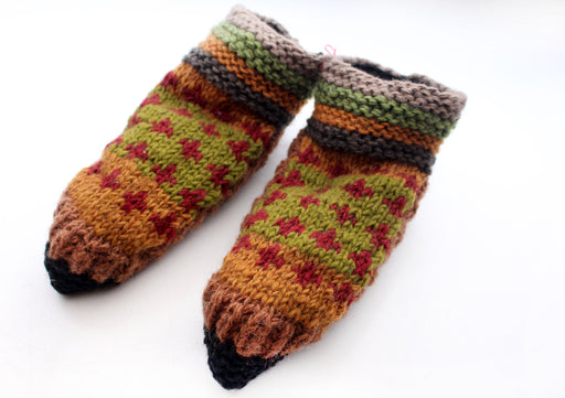 Green and Maroon Multicolor Woolen Indoor Lined Hand Knitted Socks - nepacrafts