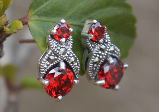 Shiny Garnet Inlaid Sterling Silver Earrings - nepacrafts