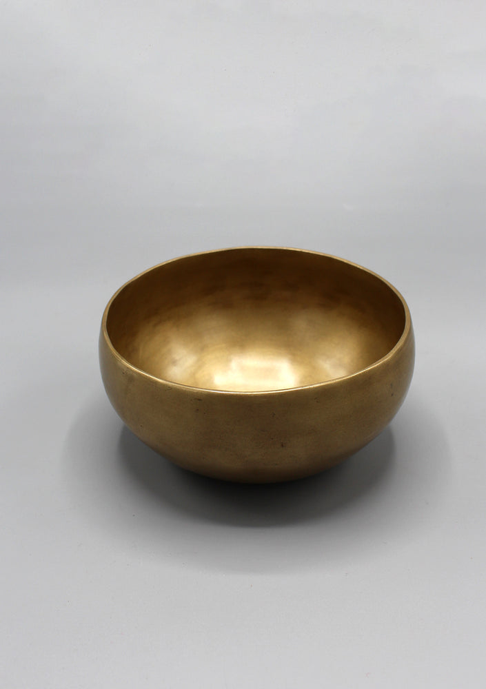 Hand Hammered Plain Tibetan Singing Bowl