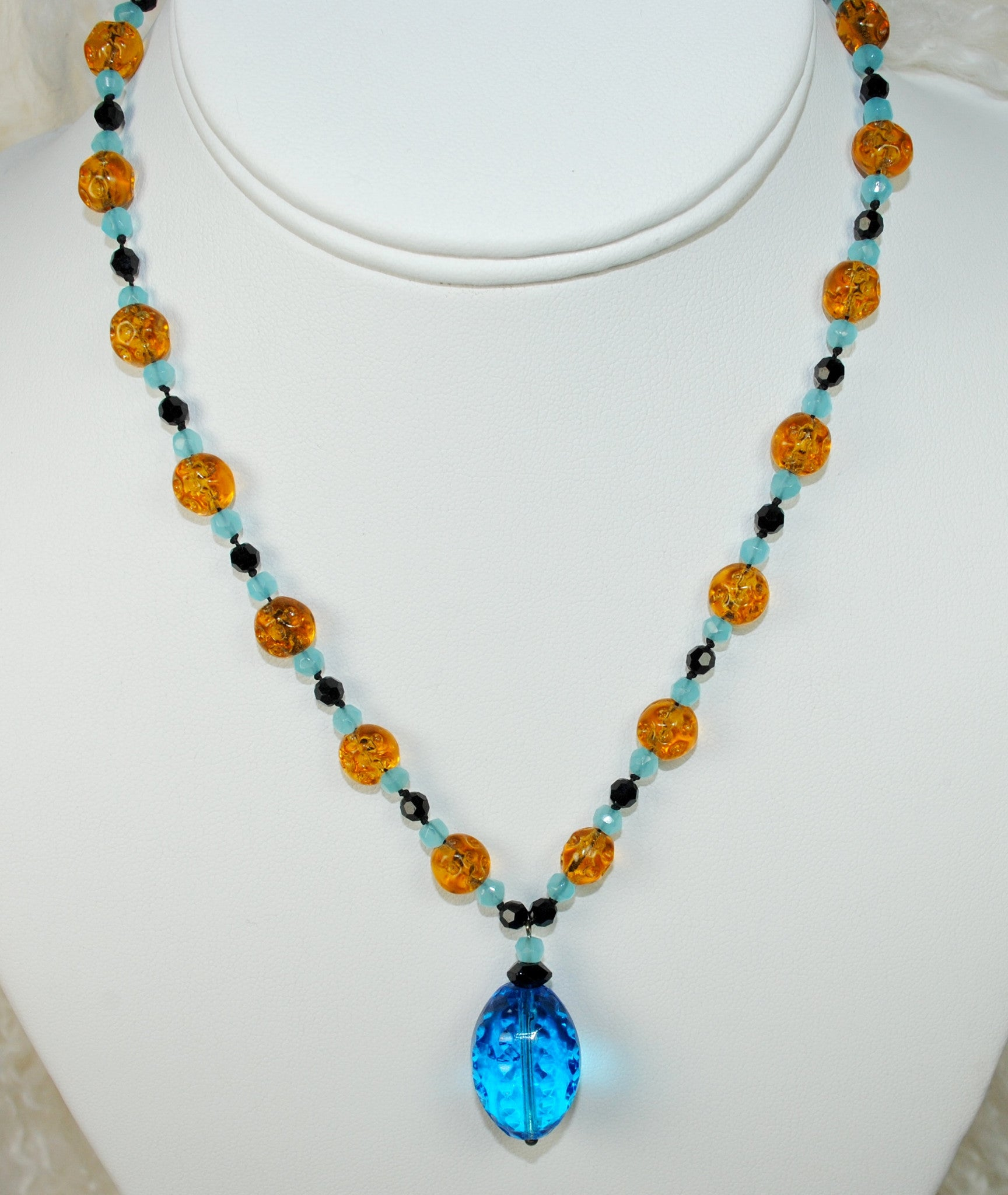 Blue Vintage Drop Necklace