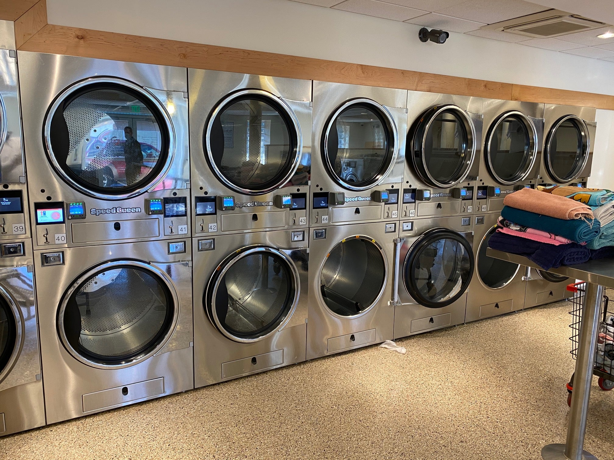 South Memphis Alliance Laundromat & Resource Recently Upgrade by Star Distributing