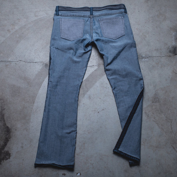 007 - Inside-Out Denim (Womens / Size 30 / Barely Bootcut)