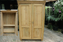 😍 A BIG! OLD PINE CUPBOARD/HALL WARDROBE WITH INTERNAL DRAWER - oldpineshop.co.uk