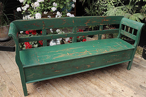 GORGEOUS! OLD PINE/ PAINTED GREEN STORAGE BENCH 👍🏽 - oldpineshop.co.uk