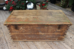 💚  FANTASTIC OLD PINE/ GREEN PAINTED CHEST/ TRUNK 💚 - oldpineshop.co.uk