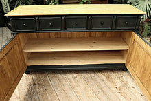 💕  BIG OLD STYLE BLACK PAINTED PINE SIDEBOARD/ CUPBOARD/ TV STAND 💕 - oldpineshop.co.uk