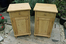 😍  FANTASTIC! PAIR OF OLD PINE BEDSIDE CABINETS/  CUPBOARDS/ LAMP TABLES  😍 - oldpineshop.co.uk