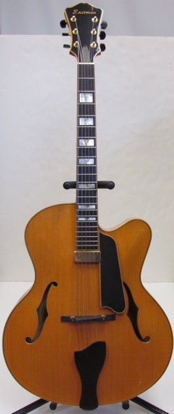 Eastman 2006 Luxury Series AR910ce Archtop Acoustic-Electric Cutaway Guitar - USED