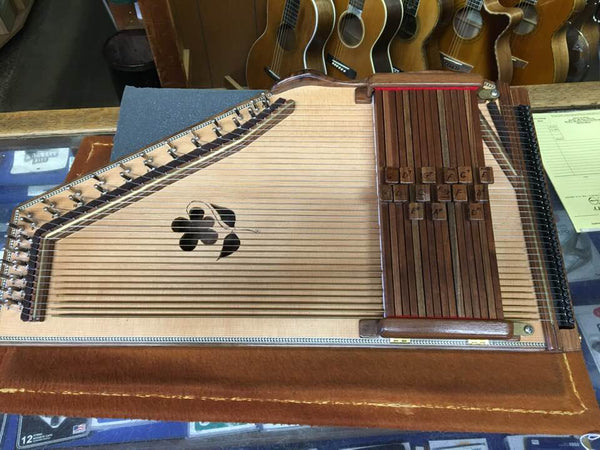 Orthey 15-Chord Autoharp - USED