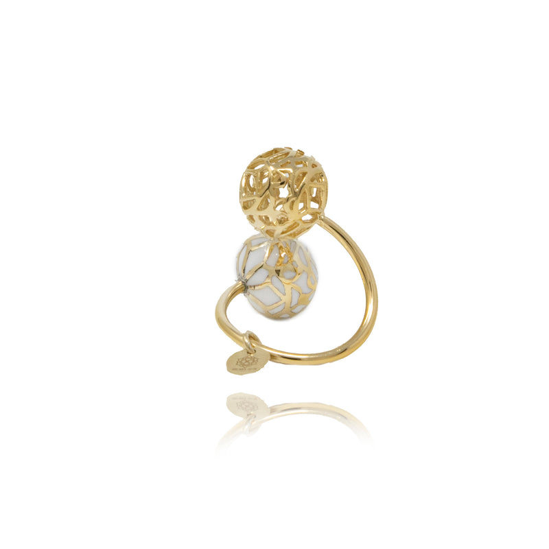 Gold Signature Sphere Mother Pearl Resin Ring